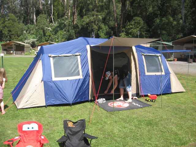 Just putting up photos of my tent. My original post is on page 2. Kmart tent $150. & What tent do you use? | Page 3 | 4x4Earth