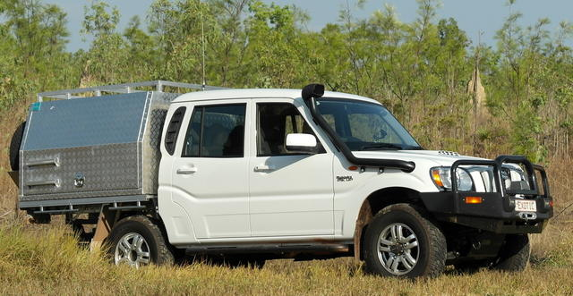 I prefer a flat tray with alloy canopy with lift up sides. & Canopy Or Hard Lid | Page 2 | 4x4Earth