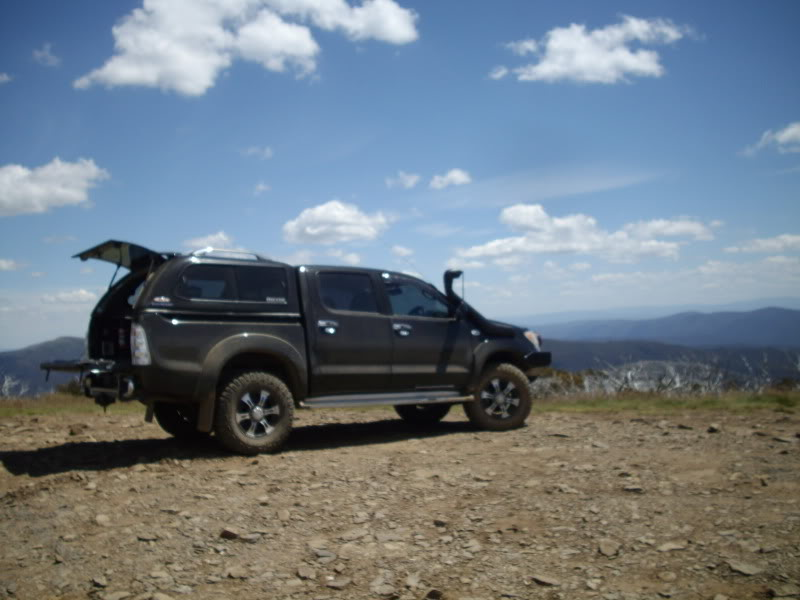 I the next part of my build I came up with the idea that needed a roof top tent see below & Toyota Hilux 2007 | 4x4Earth