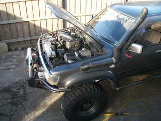 Lexus V8 into FJ73 Middy | 4x4Earth