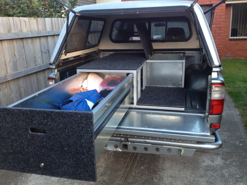 Hilux rear storage setup - Dual Cab   4x4Earth