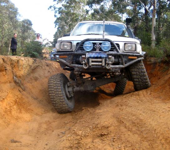 Toyota Solid axle Hilux 95' | 4x4Earth