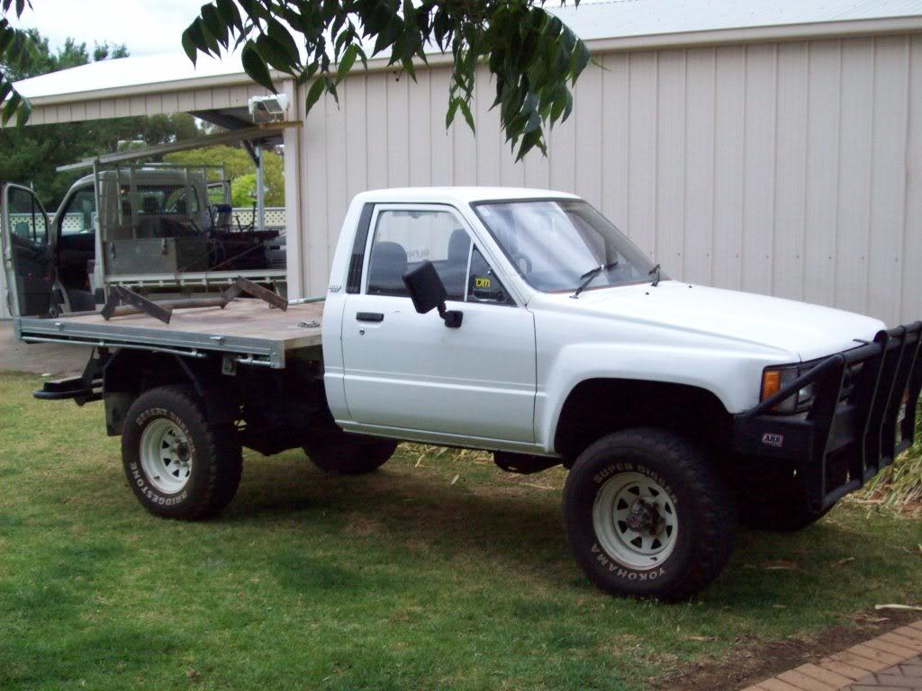 Kelebihan Kekurangan Toyota Hilux 1985 Perbandingan Harga